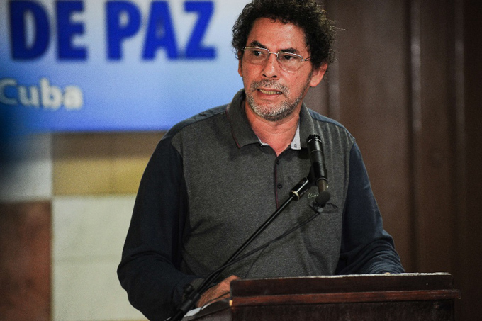 FARC en Colombia pide aval presidencial para ley de la paz