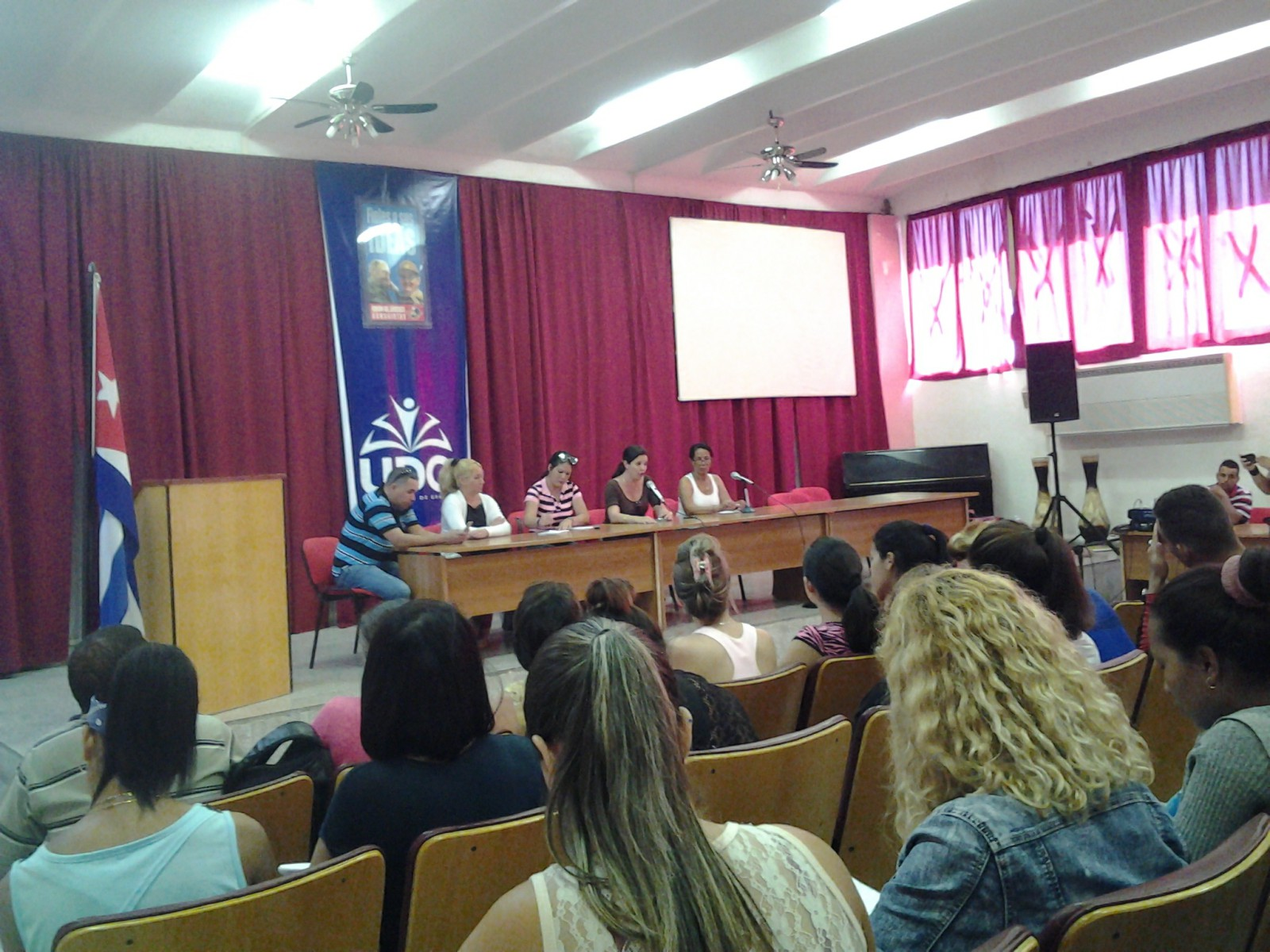 Intercambian periodistas y alumnos de Ciencias Pedagógicas