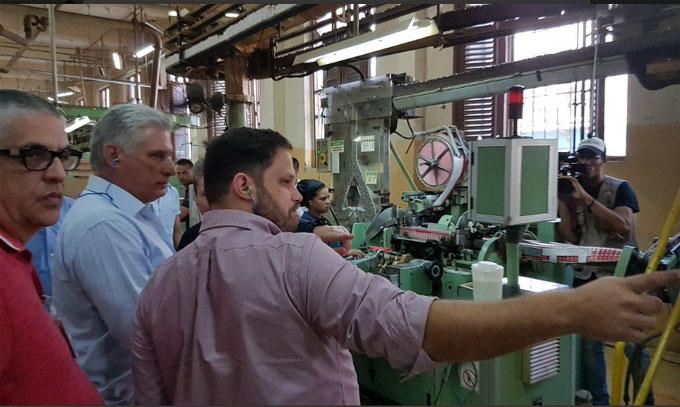 Díaz-Canel continúa visita a centros socioeconómicos de La Habana (+fotos y video)