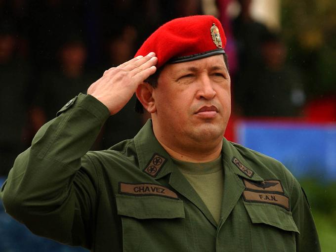 Presidente de Cuba rinde homenaje a Hugo Chávez