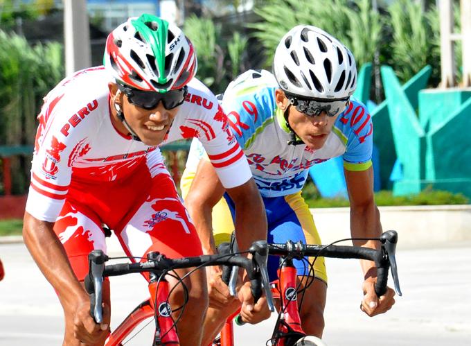 Concluyó pedalista granmense entre los 10 primeros en clásico nacional de ruta (+ fotos)