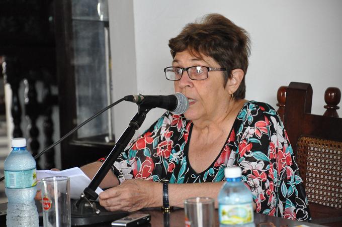 """Olga Portuondo: """"El mérito de Céspedes fue iniciar la lucha independentista"""""""