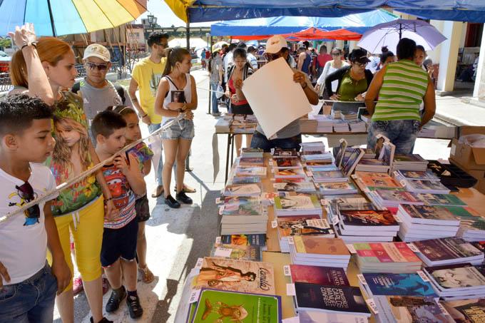 La literatura se multiplica en escenarios granmenses