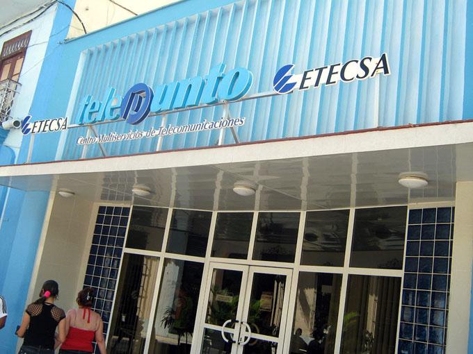 Cuba-Rusia firman acuerdo sobre desarrollo de las telecomunicaciones