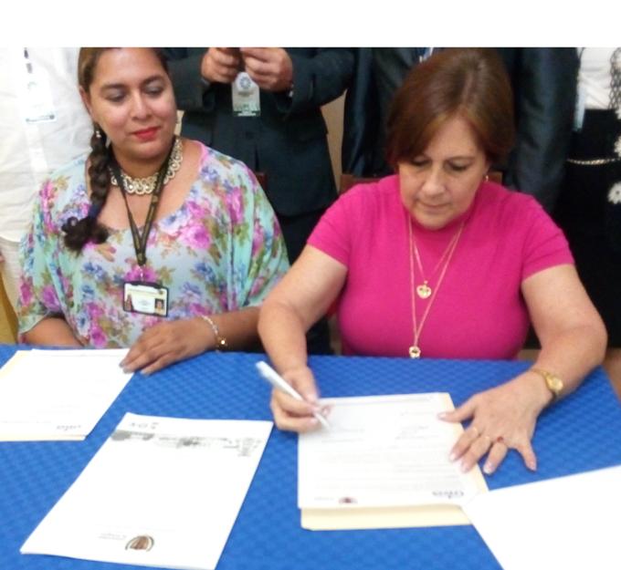 Firman convenio de colaboración universidades de Granma y Cartagena