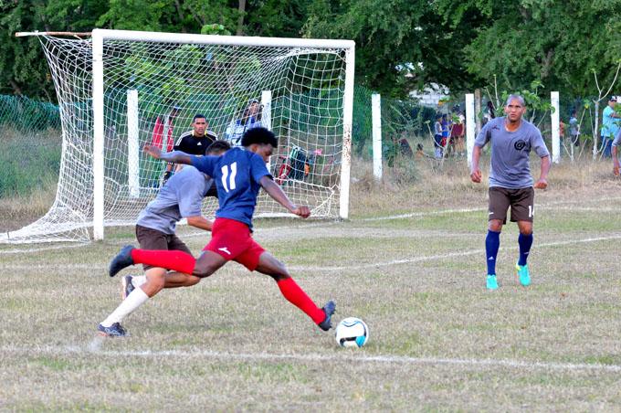Incansables avanzan en fútbol cubano
