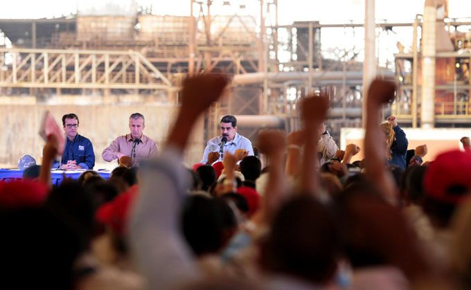 Ejecutivo ordena discutir contratos colectivos de empresas básicas de Guayana
