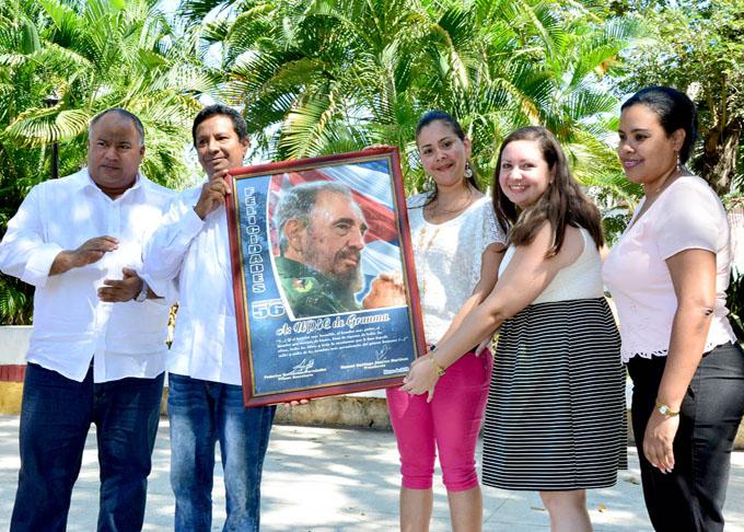Homenaje a quienes hacen noticia (+ fotos y video)