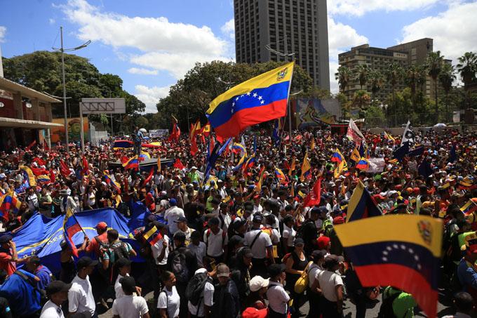 Rusia reitera propósito de cooperar con Venezuela pese a sanciones