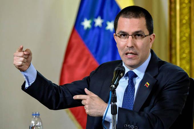 Arreaza: EE.UU. miente sobre sus opciones para Venezuela