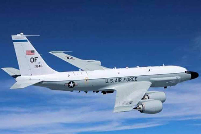 Detectan vuelo de avión espía de EE.UU. cerca de Crimea