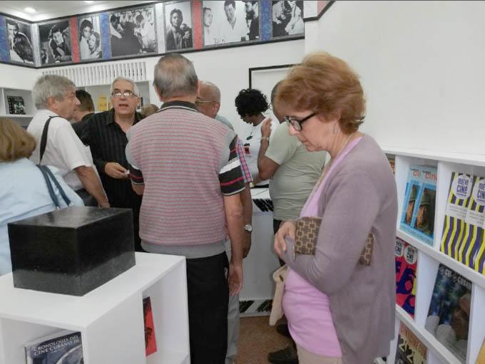 Inauguran en Cuba primera librería especializada en cine (+fotos)