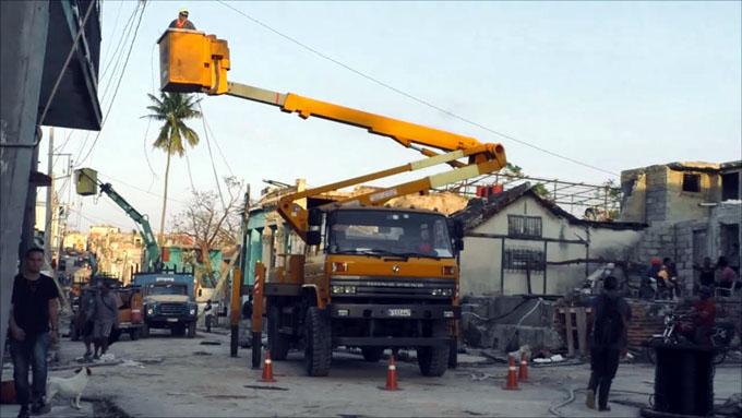 Recuperan en capital de Cuba mayoría de casas dañadas por tornado