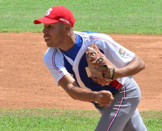 Incendiarios se acercan a la 20 en Series provinciales del béisbol