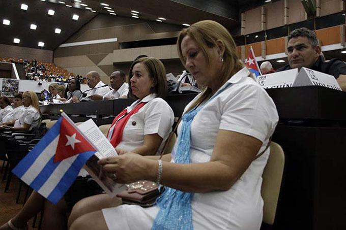 Inician debate en comisiones del XXI congreso de trabajadores cubanos