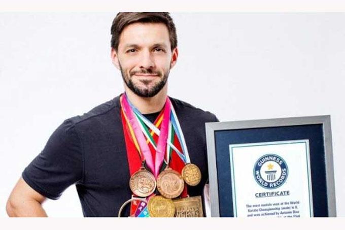 Karateca venezolano Antonio Díaz reconocido con Récord Guinness