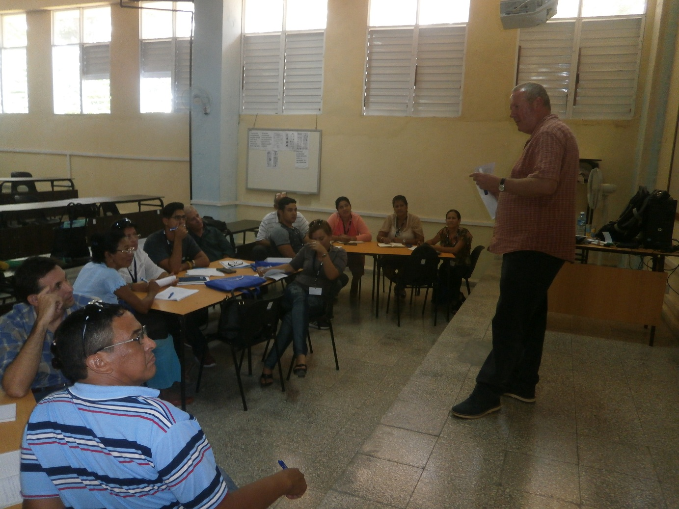 Intercambian experiencias sobre la enseñanza del idioma inglés en Cuba