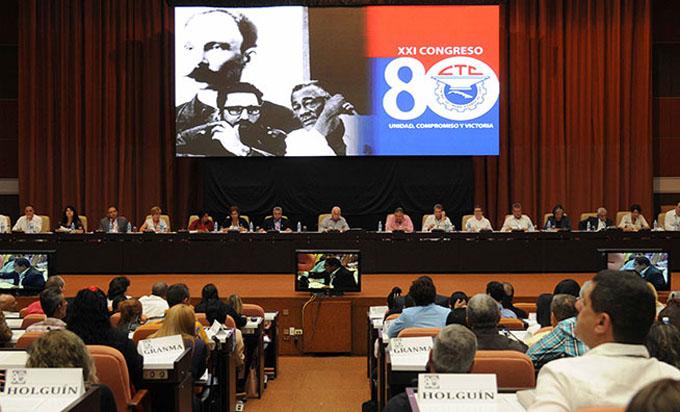 Prometen obreros cubanos aumentar acciones para lograr más alimentos
