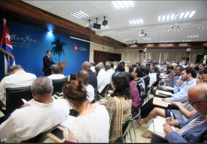 Denuncia canciller mentiras de EE.UU. para justificar agresión a Cuba