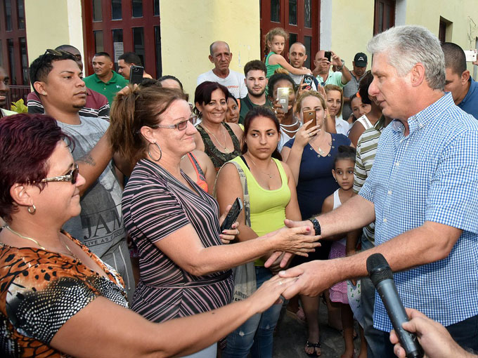 Presidente cubano destaca avances de provincia occidental (+ fotos)