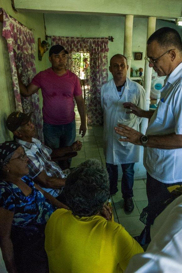 """Familiares de médico tunero secuestrado en Kenya: """"Estamos unidos todos"""" (+ fotos y videos)"""