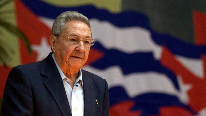 Raúl Castro: Cuba es de paz, pero no teme a amenazas (+ fotos y videos)
