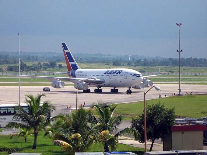 Llega a Cuba nuevo grupo de deportados por México