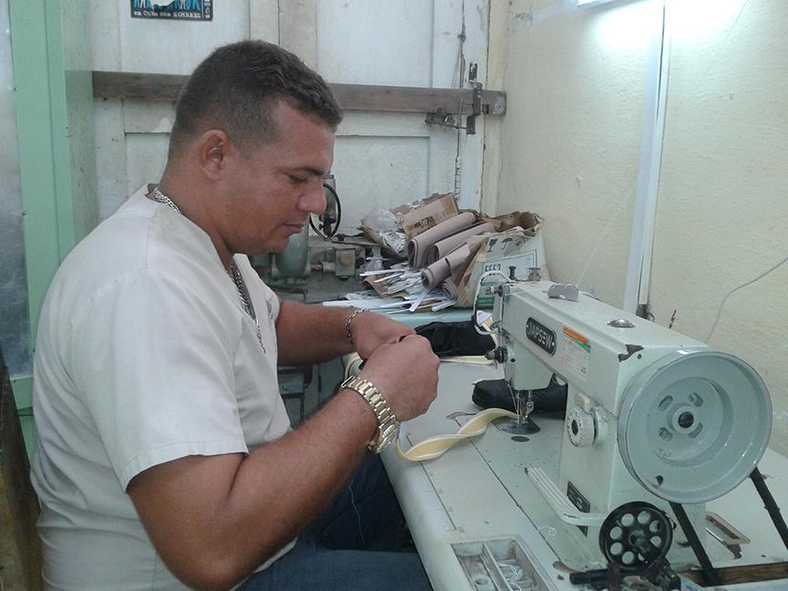 Servicios de ortopedia técnica se impone al bloqueo de Estados Unidos a Cuba