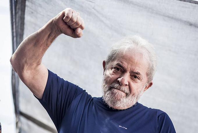 Lula llama a líderes y militantes estar cerca del pueblo brasileño