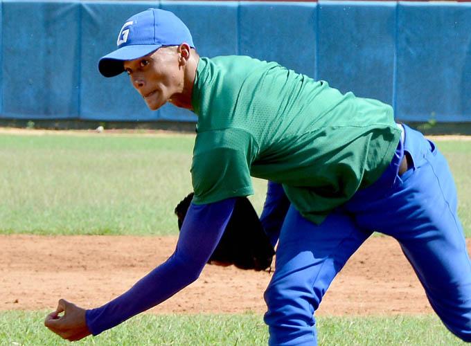 Granmenses discutirán medallas en Nacional de béisbol juvenil