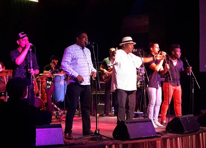 La banda que manda reinó en Bayamo (+ videos)