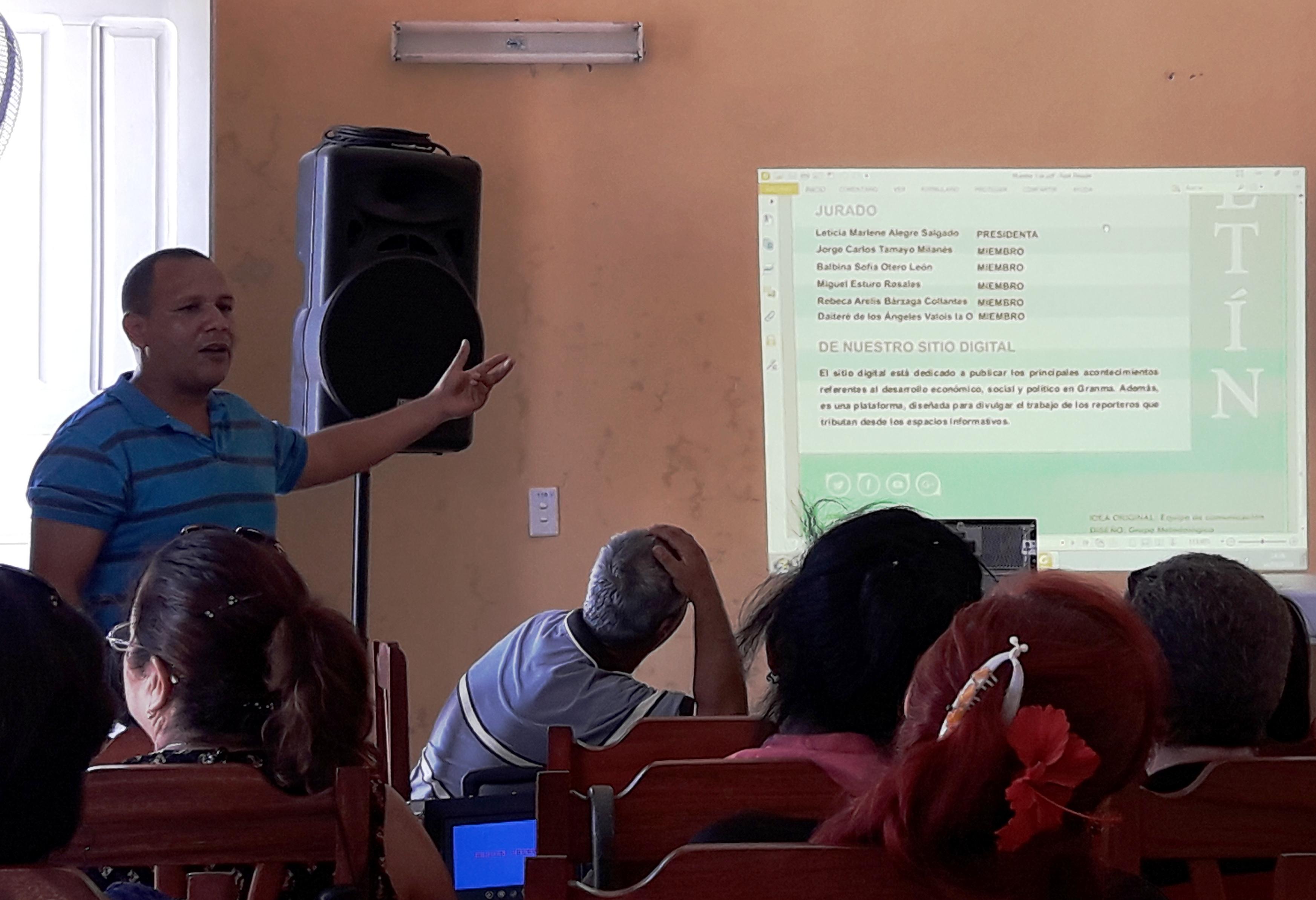 Inician propuestas teóricas en festival de Radio Bayamo