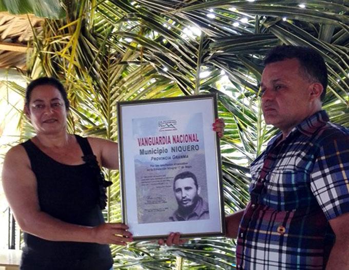 Campesinos de Niquero a la vanguardia (+ fotos)