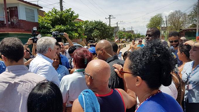 Estamos contigo Díaz-Canel, dice el pueblo de Bayamo (+ fotos y video)