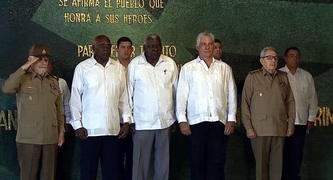 Presidente de Cuba destaca reconocimiento de Rusia a Raúl Castro