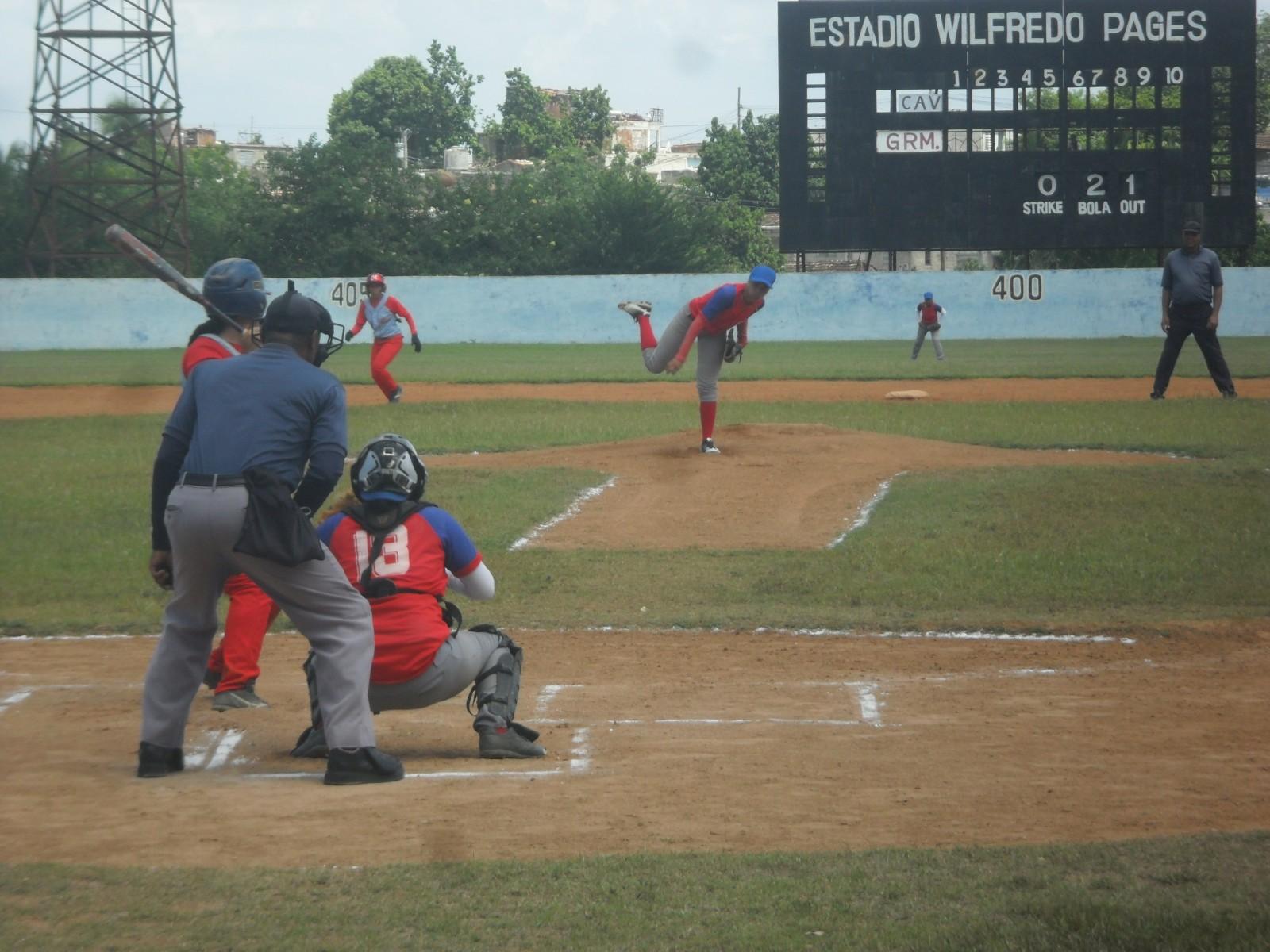 """Granmenses con paso """"arrollador"""" en final de béisbol juvenil"""
