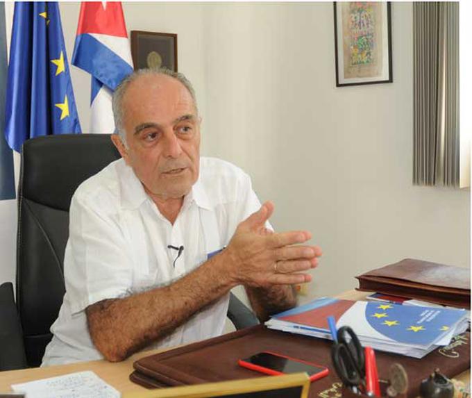 UE mantiene posición contraria a Helms-Burton, dice embajador en Cuba (+fotos)