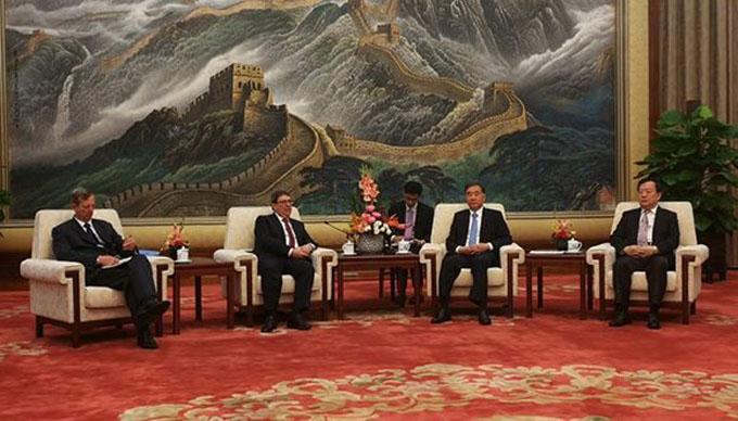 Máximo asesor político de China se reúne con Canciller cubano para fortalecer cooperación (+ video)