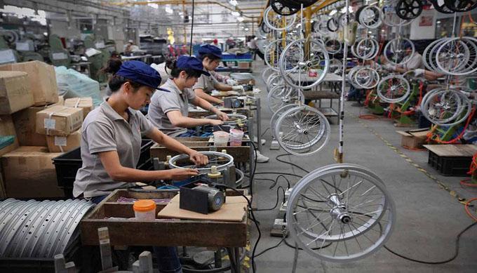 China advierte a EE.UU. no subestimarla en guerra comercial
