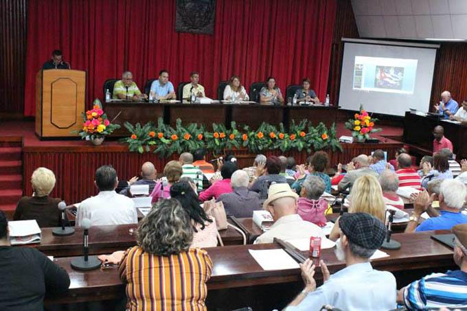 Abogan intelectuales cubanos por preservar la memoria histórica