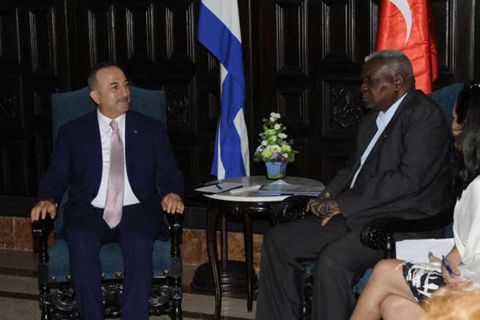 Insiste Canciller turco en aumentar relaciones económicas con Cuba