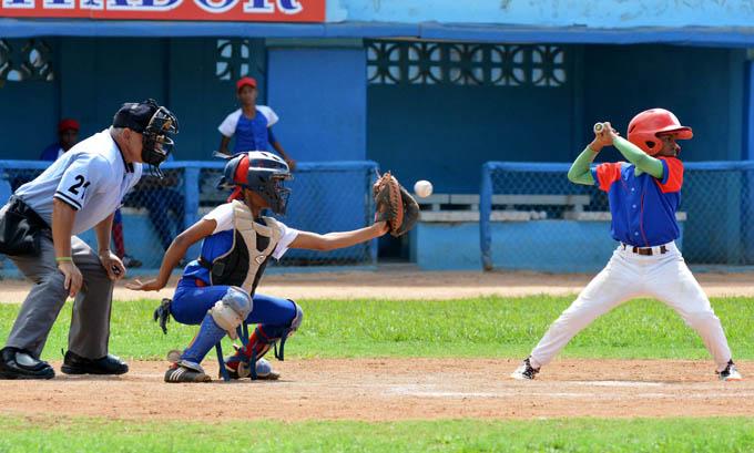 Matanceros exponen sus invictos en finales nacionales del béisbol 11-12 y 15-16 años
