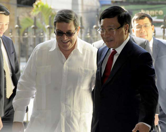 Canciller cubano recibe a viceprimer ministro de Vietnam (+fotos)