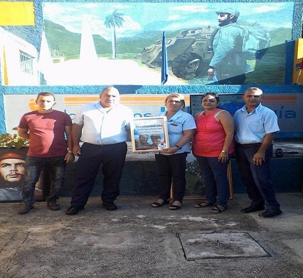 Obtienen trabajadores eléctricos de Guisa condición de Vanguardia Nacional