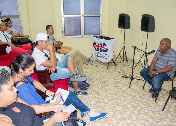Abrió en Bayamo jornada audiovisual Cámara en Mano