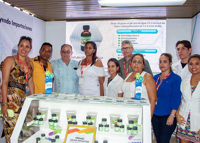 Empresas locales captan interés de asistentes a Expo Caribe (+ fotos)