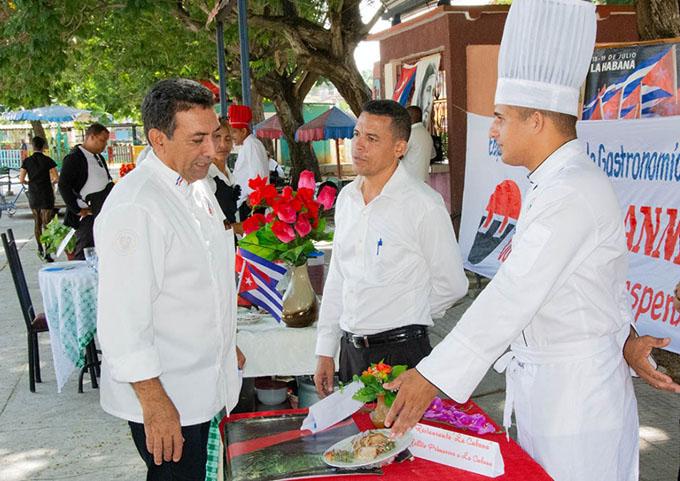 Técnicas gastronómicas por la excelencia en los servicios (+ fotos)