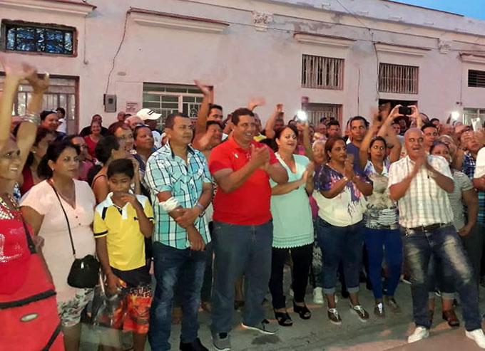 Júbilo por partida doble en Manzanillo