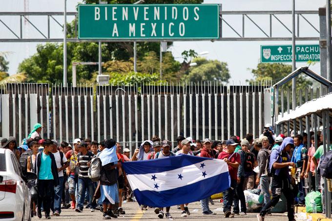 México habilitará carpas por saturación en albergues de migrantes