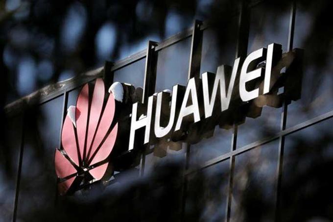 Readimitidos expertos de Huawei a laborar en instituto de EE.UU.